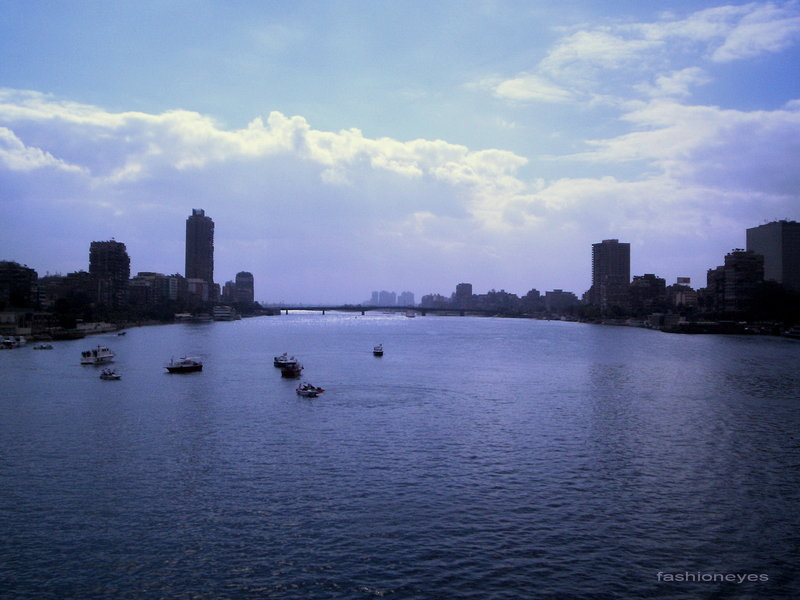 The_river_by_fashioneyes