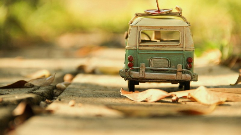 preview_vintage-volkswagen-toy