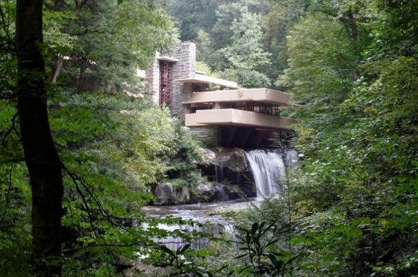 3. Fallingwater & Guggenheim museum - famous architecture new york